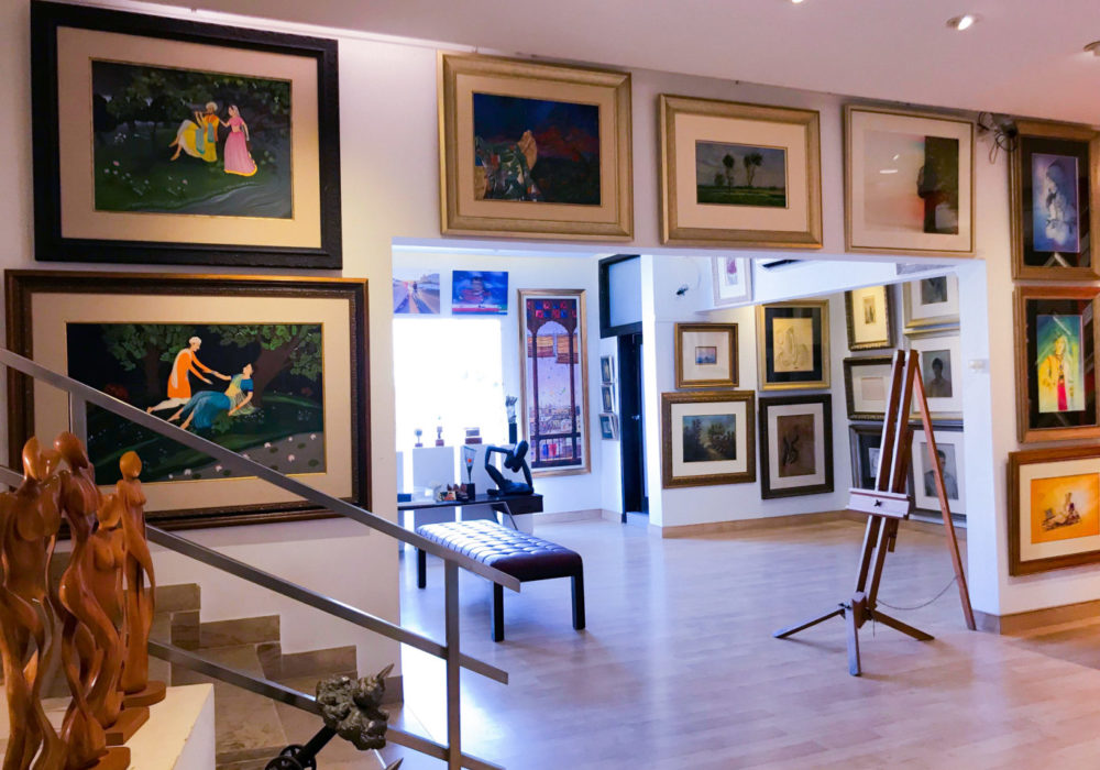 The second floor at Art Scene Gallery also has a framing set-up